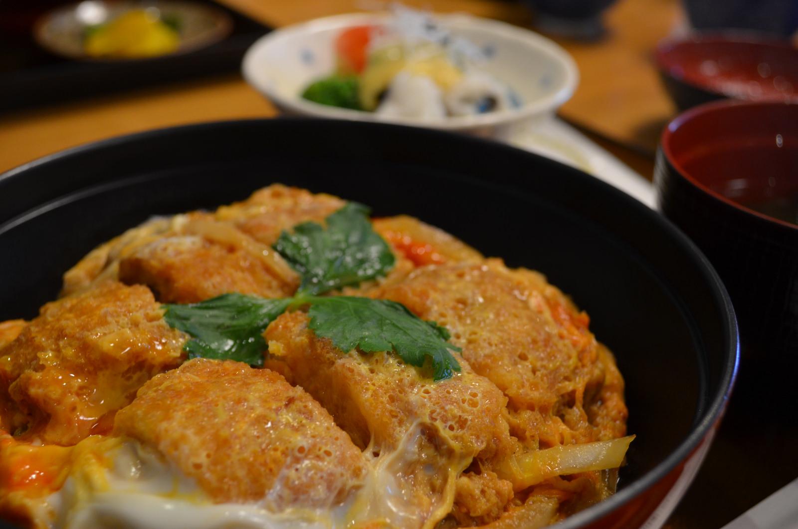 【和風味処 鬼太郎】大分県中津市名物 鱧(はも)料理 鱧かつ丼を頂きました。
