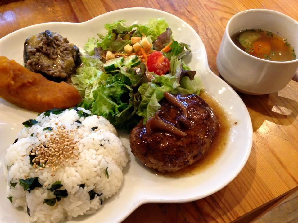 【閉店:カフェレイラ】JR西小倉駅前のオシャレで美味しいカフェ(北九州市小倉北区)