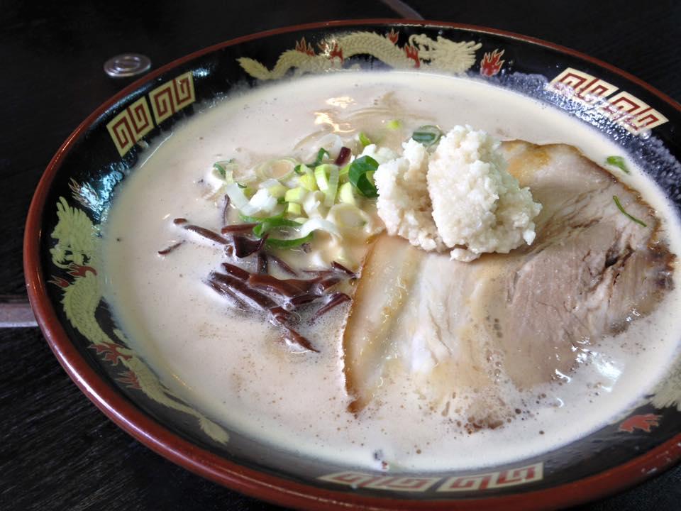 【ぎょらん亭】小倉の豚骨ラーメンの名店(北九州市小倉北区)