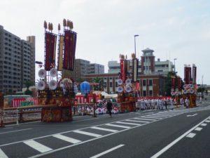 戸畑祇園大山笠の競演会場である浅生第一公園に集合した幟山笠