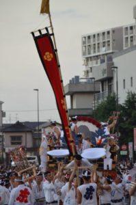 戸畑祇園大山笠競演会の幟山笠の運行が終了し、全ての装飾を外す