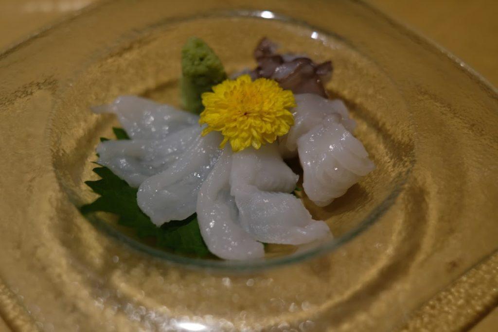 『げん割烹 -板前尽くせりの空間-』の関門ダコ。北九州に来たらぜひ食べて欲しい逸品